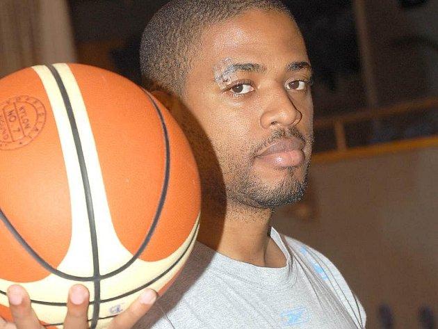 Jindřichohradecký basket má velkou oporu v podobě amerického rozehrávače Shermana Riverse.