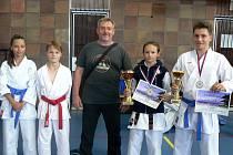 Úspěšná výprava Karate J. Hradec Okinawa Goju ryu Dojo.