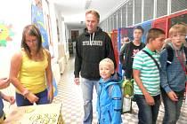 První den školy v 5. ZŠ v J. Hradci.