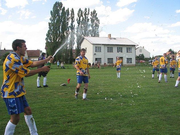 fotbalové Halámky slaví.