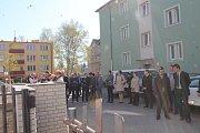 Ve středu došlo na slavnostní otevření vylepšené budovy Střední rybářské a vodohospodářské školy v Třeboni. Zúčastnil se ho také geniální renesanční rybníkář Jakub Krčín.