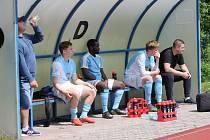 Jindřichohradečtí fotbalisté se o víkendu doma nepředstaví, protože je čeká divizní derby v Čížové. Naposledy však tým od Vajgaru na svém stadionu schytal debakl 0:5 od Tachova (snímky z tohoto utkání).