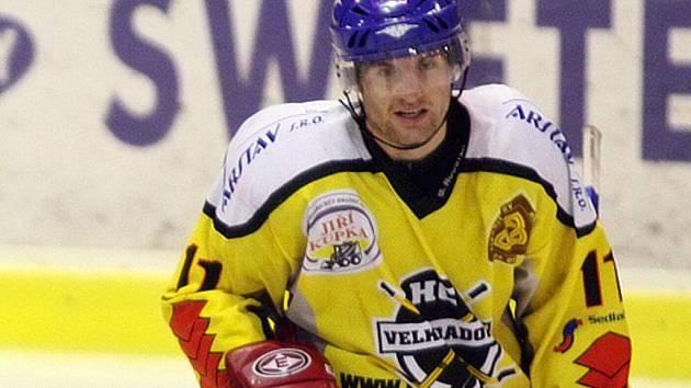 Útočník Petr Navrátil byl v základní části hokejové krajské ligy neproduktivnějším hráčem Velké Radouně. V 19 utkáních se do statistik zapsal 27 kanadskými body za 11 gólů a 16 asistencí.