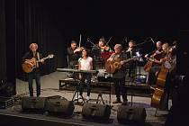Nezmaři vystoupí v Třeboni s orchestrem