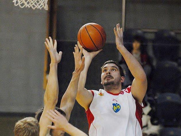 OPORA. Ani výborné výkony Viktora Mikeše vítězství J. Hradci nepřinesly.