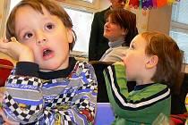 PŘEDŠKOLNÍ VZDĚLÁVÁNÍ.  Dětí na Jindřichohradecku přibývá a školky se plní. Do budoucna však  demografové počítají s poklesem.
