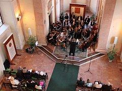 Koncert Pošumavské komorní filharmonie Prachatice se konal v kapli sv. Maří Magdaleny.