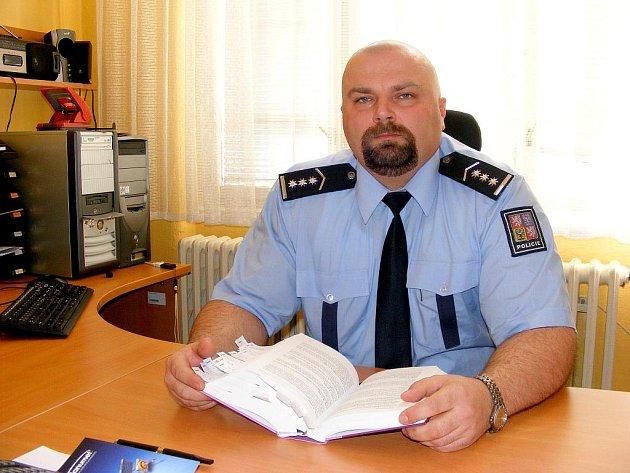 Zástupce vedoucího územního odboru Policie ČR v Jindřichově Hradci Josef Kroupa.