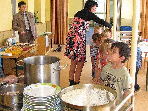 Otevření nově zrekonstruovaného pavilonu mateřské školky v Nové Včelnici.