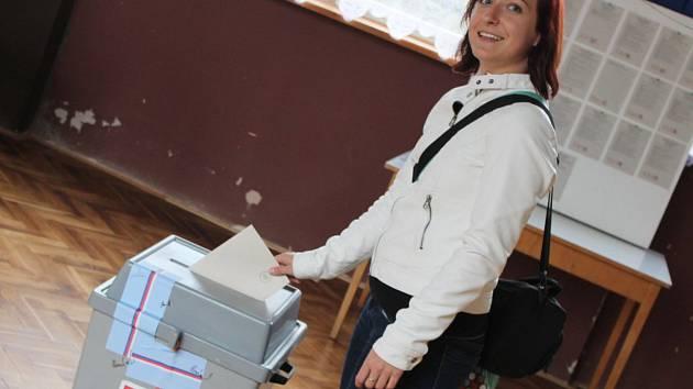 Hospoda v Buku slouží místní části například jako volební místo.