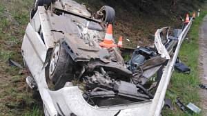 Při nehodě u Nové Včelnice zemřel spolujezdec