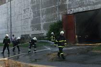Požár velkokapacitního skladu sena v Lodhéřově.