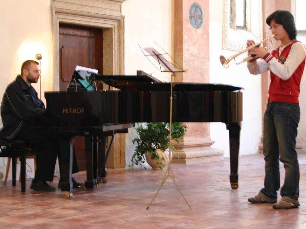 Koncert pomůže lidem s roztroušenou sklerózou