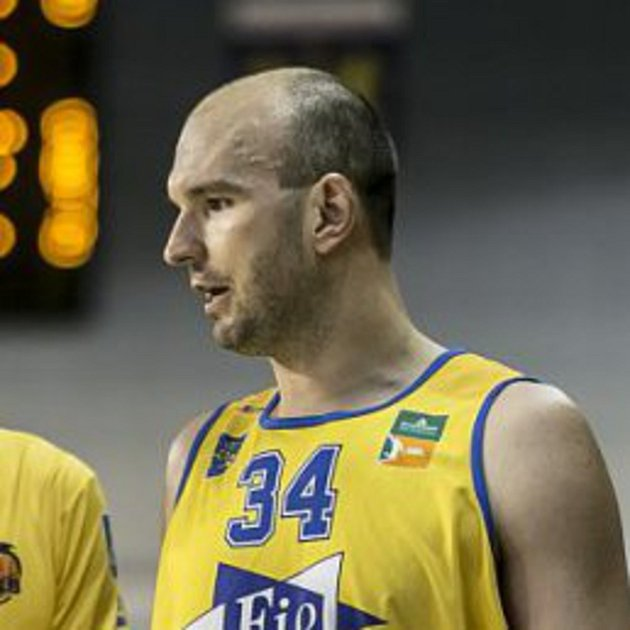 Kapitán hradeckých basketbalistů Stanislav Zuzák.