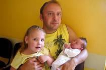 Barbora Marešová se narodila 24. července  ve 22 hodin a 42 minut Michaele a Tomášovi Marešovým z Jižné. Vážila 4230 gramů a měřila 52 centimetrů. Těšila se na ní i sestřička Verča.