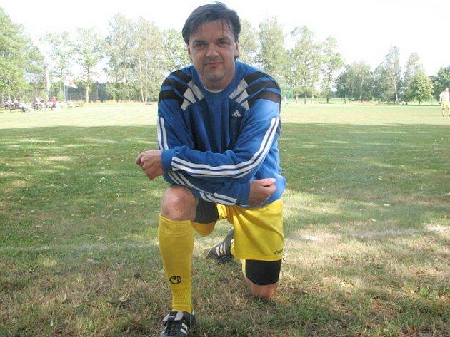 Třeboňský Milan Mašek je výraznou posilou fotbalistů Blesku Klikov. Bývalý ligový dorostenec Dynama České Budějovice působil v posledních letech v různých rakouských klubech. Nyní se vrátil a posílil nováčka okresního přeboru.