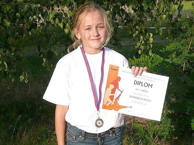 ÚSPĚCH. Karolína Marková vybojovala na mistrovství republiky zlatou medaili v rychlostním závodě žákyň.