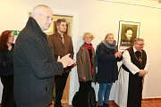 Z vernisáže výstavy Jezuité v Jindřichově Hradci.