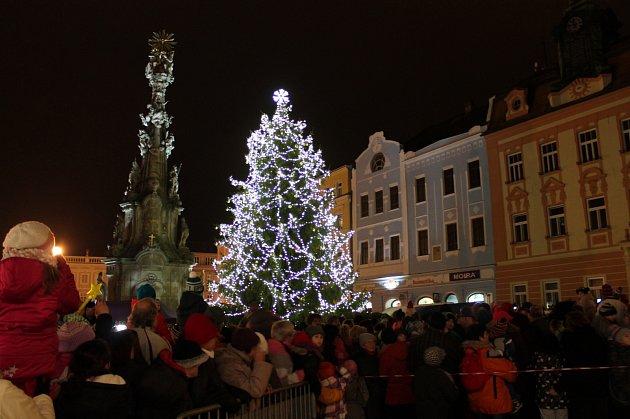 Pekelně zábavné odpoledne a rozsvícení vánočního stromu v Jindřichově Hradci.