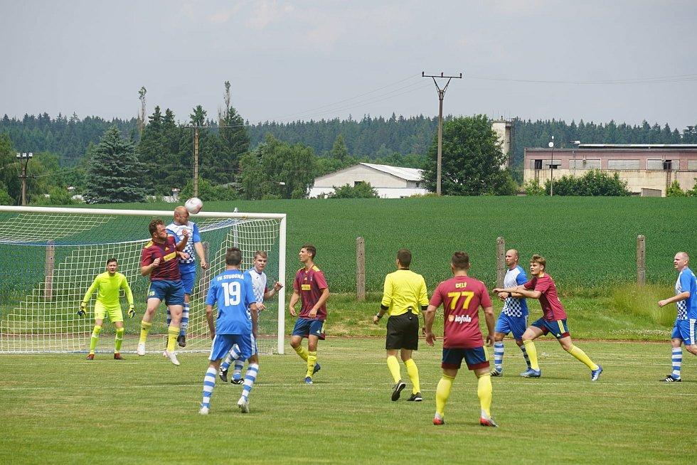 Fotbalisté Nové Bystřice porazili na domácí půdě Studenou 2:1 a zajistili si postup do semifinále Letního okresního poháru.