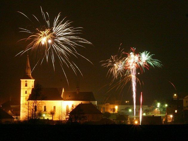 Vítání roku 2009 v Deštné.