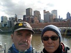Cestovatelé dorazili do Austrálie.
