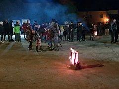 Nadílku připravili hasiči ve spolupráci s obcí.