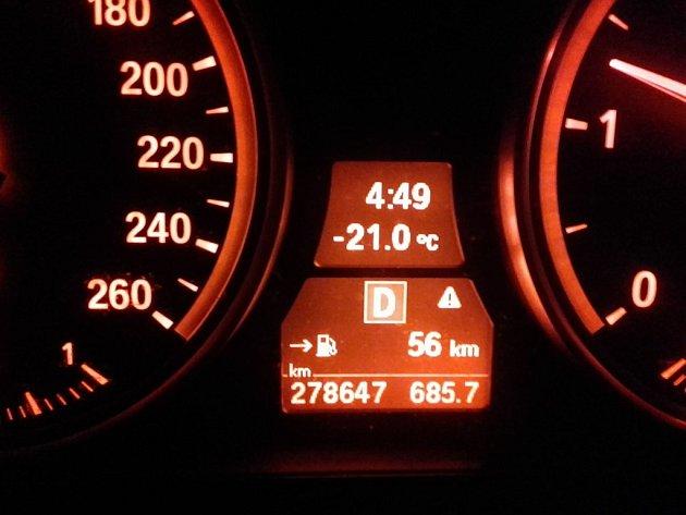 Úterní ranní teplota na Hradišti u Nové Bystřice.
