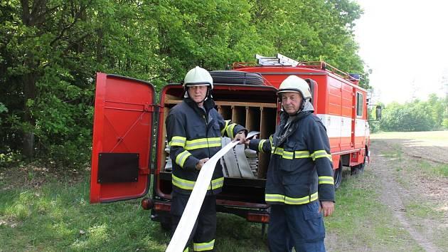 Cvičení hasičů v J. Hradci u Kuniferu.