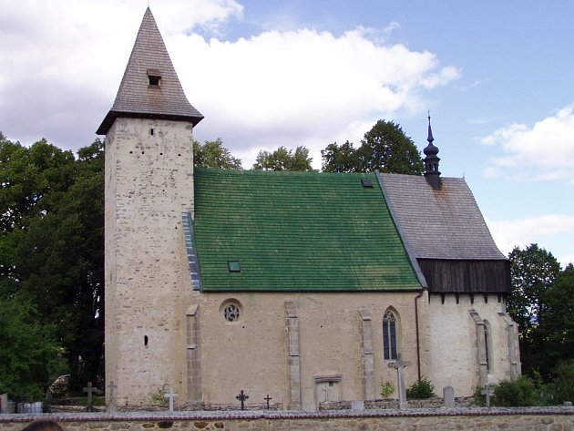 Kostel vLidéřovicích na Dačicku.