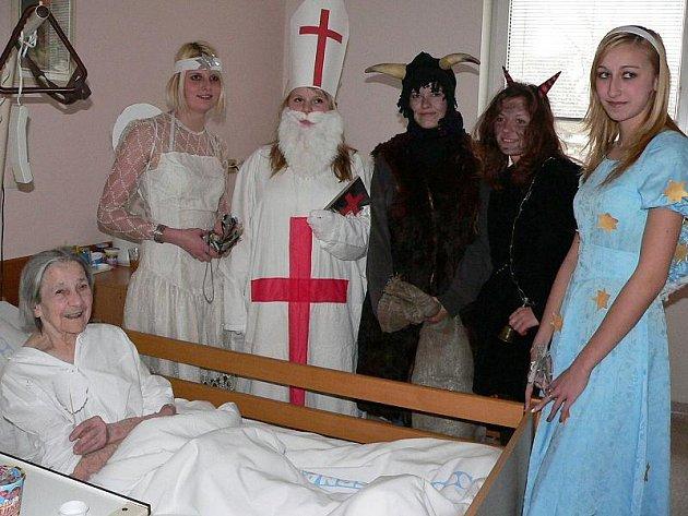 Mikulášská nadílka v nemocnici