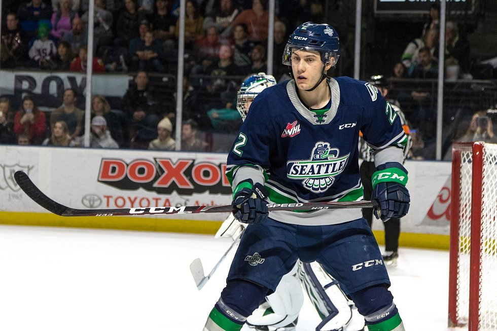 Šimon Kubíček v dresu juniorské reprezentace do 20 let, českobudějovického Madeta Motoru a Seattle Thunderbirds.