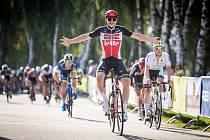 Druhá etapa závodu Okolo jižních Čech vedla z Třeboně do Nové Bystřice.