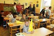 První školní den ZŠ Deštná.