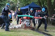 V požárním útoku změřili síly dobrovolní hasiči v pátek 5. července.