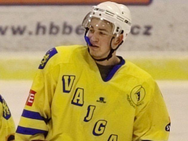 Největším sympaťákem z řad hráčů druholigového hokejového klubu Vajgar J. Hradec se stal Jiří Dostál.