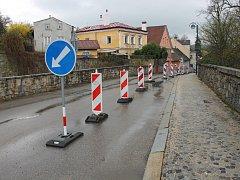 Provoz v Mlýnské ulici je v současné době omezení kvůli rekonstrukci Václavské.