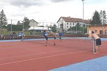 V Písečném si užili tradiční nohejbalový turnaj tříčlenných týmů.