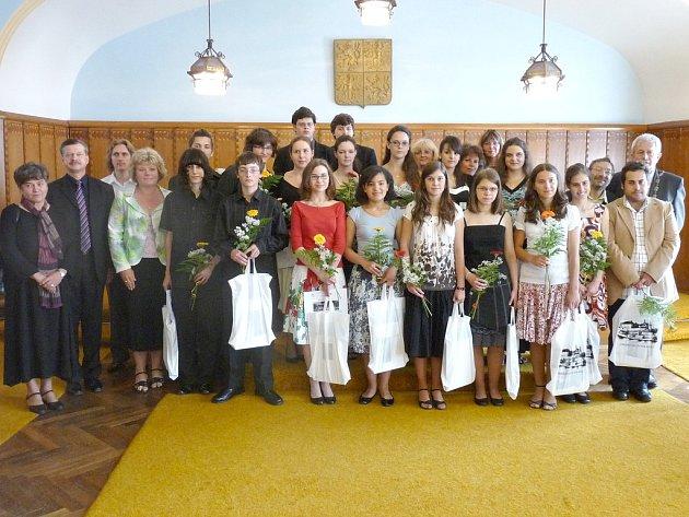 Přijetí účastníků Jihočeského festivalu Concertino Praga na radnici v Jindřichově Hradci.