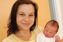 Eliška Hrádková z J. Hradce, 10. července 2009, 2960 gramů, 49 centimetrů