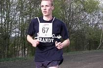 Jan Šedivý z USK FM J. Hradec před týdnem zcela ovládl 12. ročník běžecké Jindřichohradecké hodinovky.