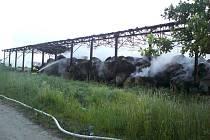 Požár seníku v Břilicích u Třeboně způsobil škodu za 1,7 milionu korun.