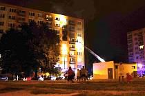V bytě na sídlišti Vajgar v J. Hradci uhořel při požáru muž.