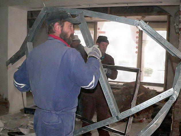 """Stavební práce v interiéru """"íčka"""""""