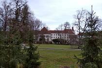 Obnova zámeckého parku v Třeboni by měla skončit do června letošního roku.