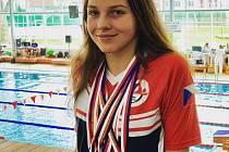 Pětinásobná mistryně republiky 14letého žactva Terezie Kinterová z jindřichohradeckého Plaveckého klubu.