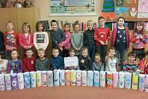 Baterkožrouty vyráběli také žáci Základní školy v ulici Janderova v Jindřichově Hradci. Jedná se o nádoby na třídění baterií.