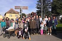 Dne 19.9.2020 se sešli v 9 hodin v Písečném a ve  Slavětíně dobrovolníci na úklid lesů a strání. Odpadků jak vidíte z fotografií posbírali hodně.