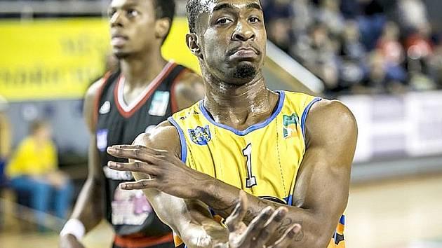 Rozehrávač Lions Terrell Lipkins.
