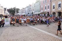 O diváky není při kulturním dění na Masarykově náměstí v Třeboni nikdy nouze.